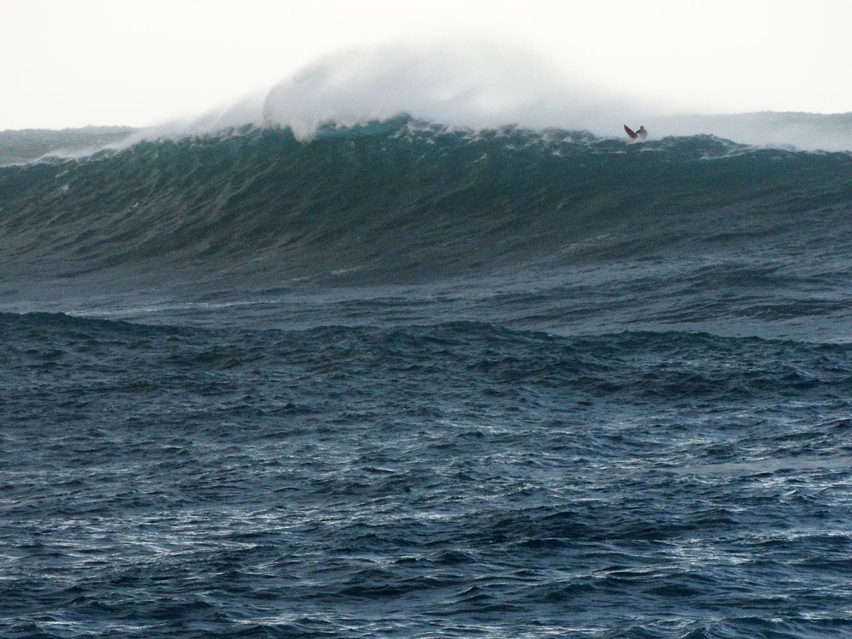 surf-ajaccio-capo di feno-big wave riders- plage de Corse